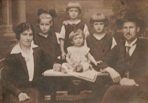 Miriam Perlstein family photo