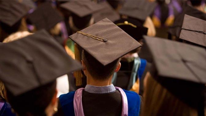 Alumni in Grad caps
