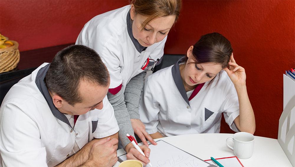 A nurse educator mentors new nurses, helps current nurses learn new skills, and helps shape the future of nursing.
